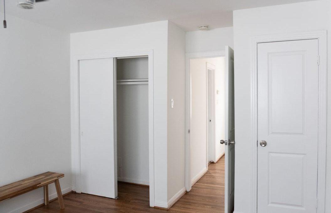 closetandhallwaytobathroom