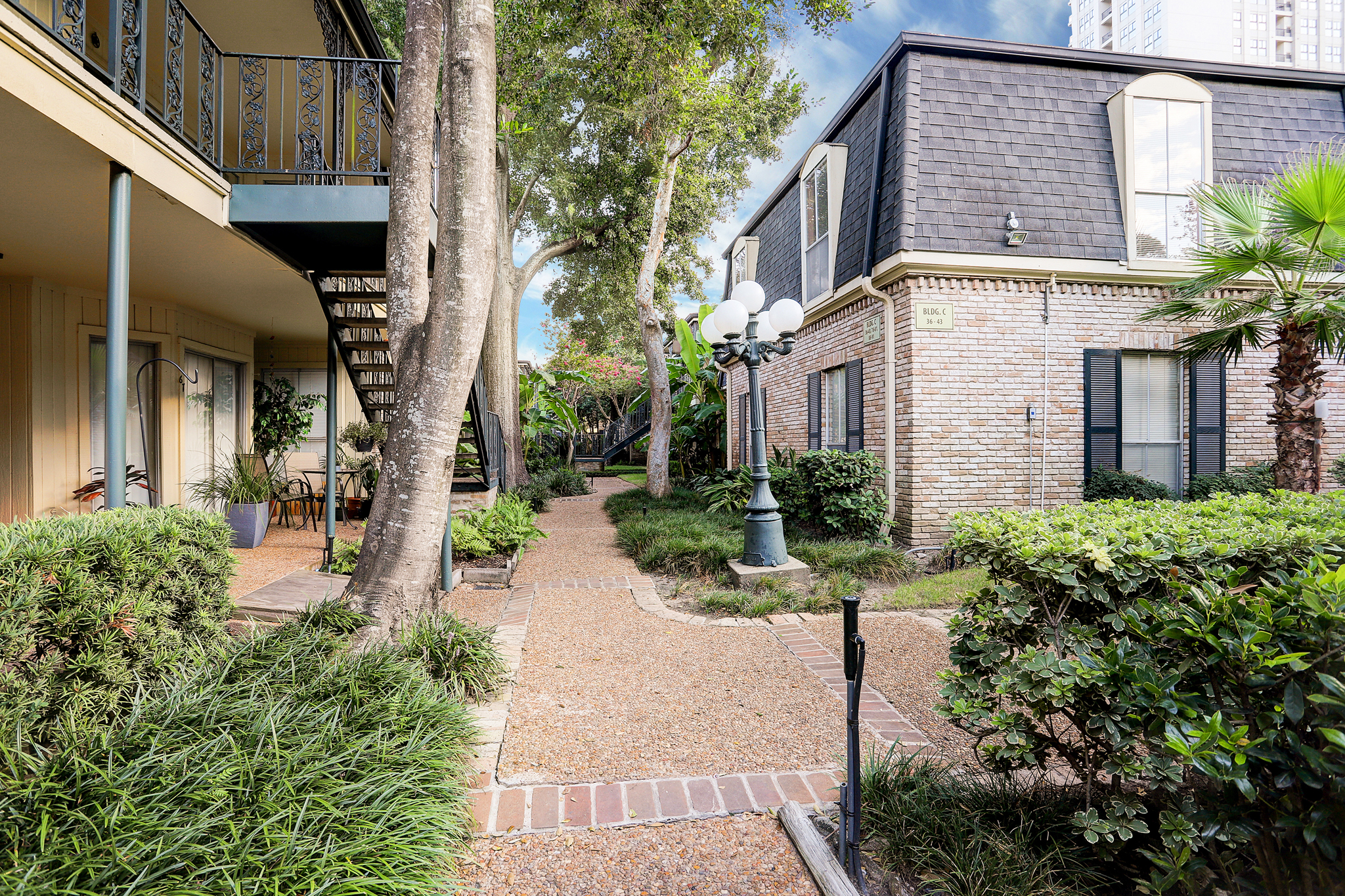 2 bedroom 1 bath condo in Uptown Park. Almost all utilities included. Has washer and dryer in unit. Designated carport. Community pool.